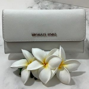 NWT-Michael Kors- Trifold Wallet